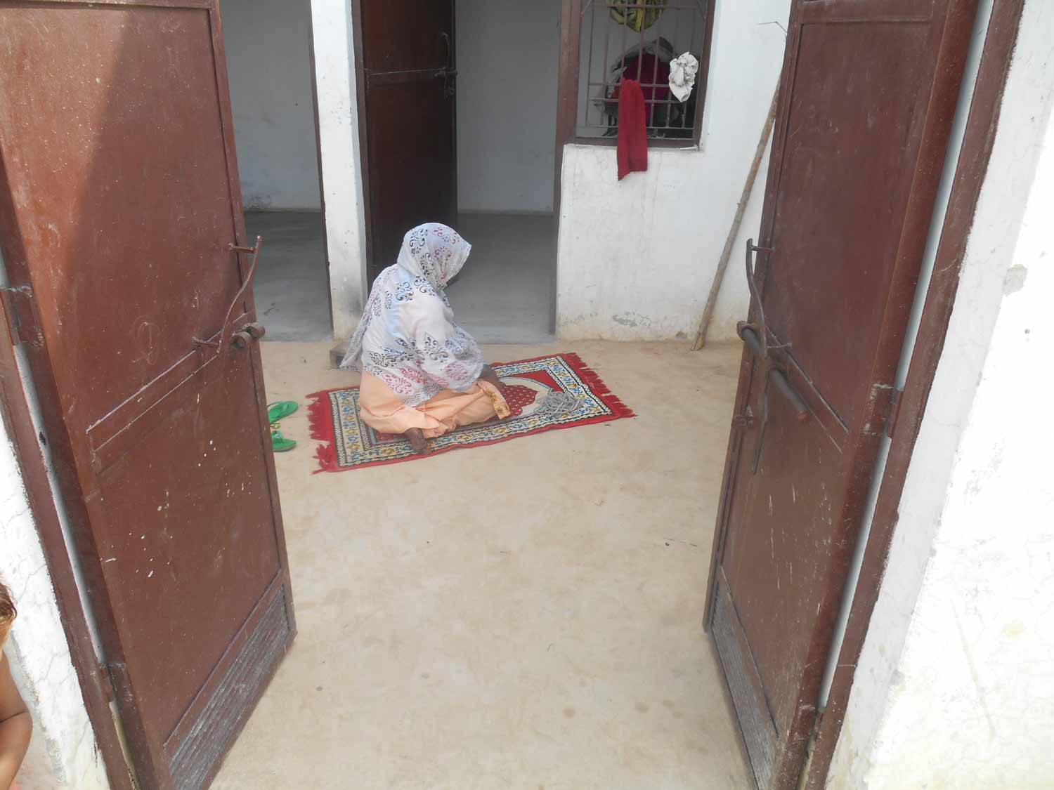 A Muzaffarnagar Riot Victim Praying